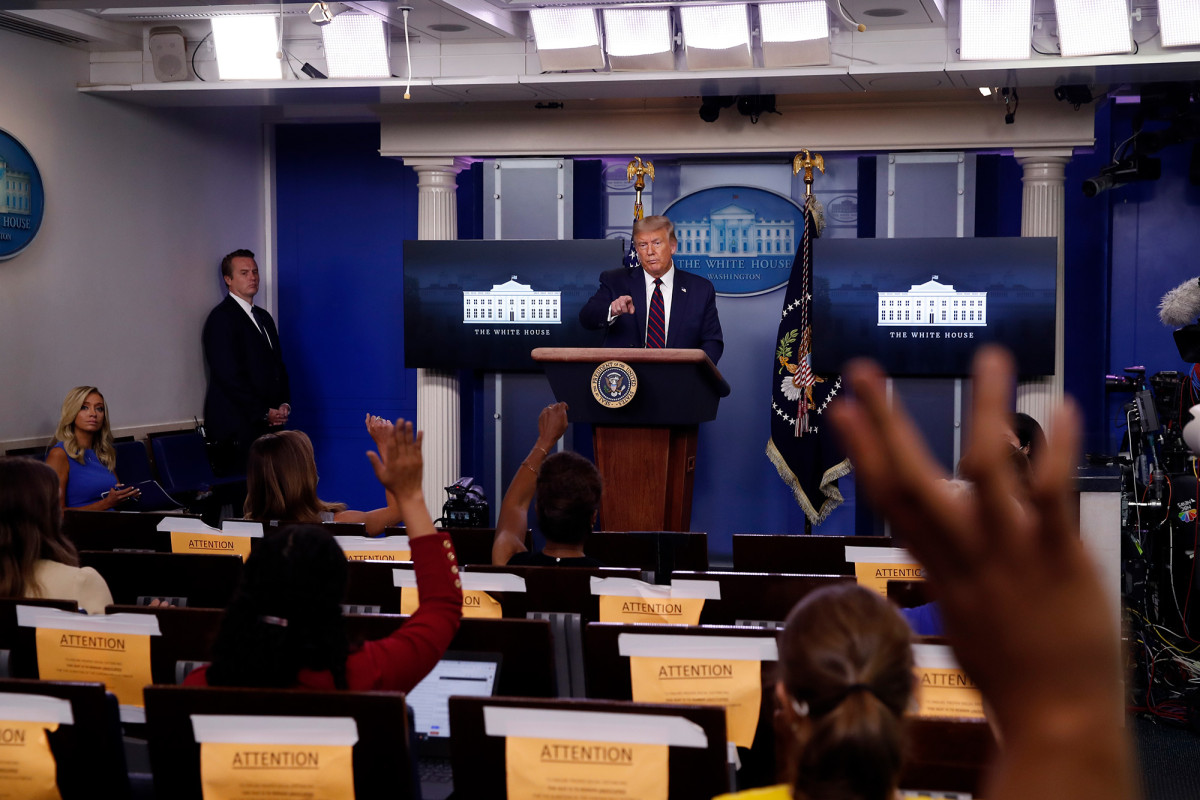 Second White House journalist tests positive for coronavirus