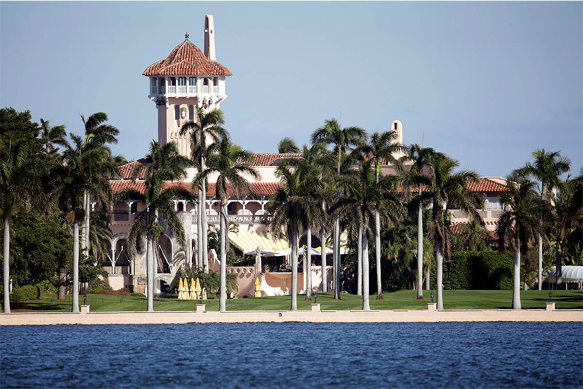 Teens arrested after illegally entering Mar-a-Lago with AK-47 in backpack