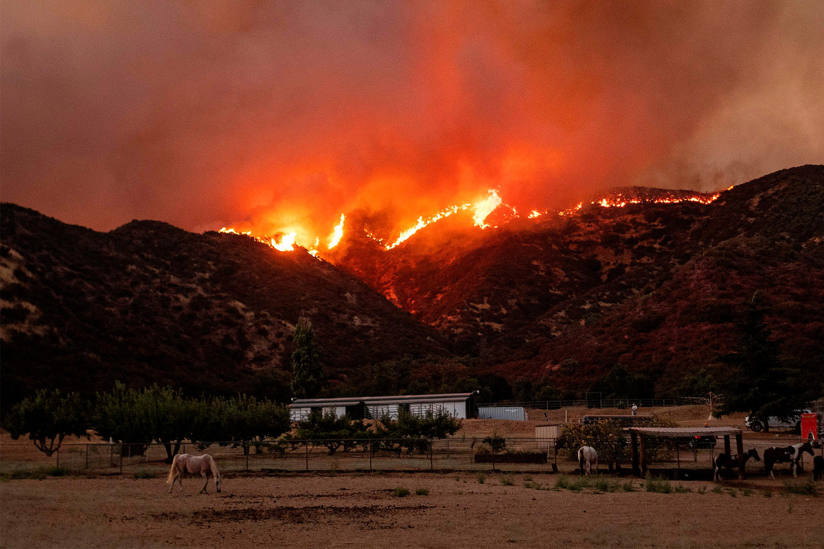 Apple fire in Southern California