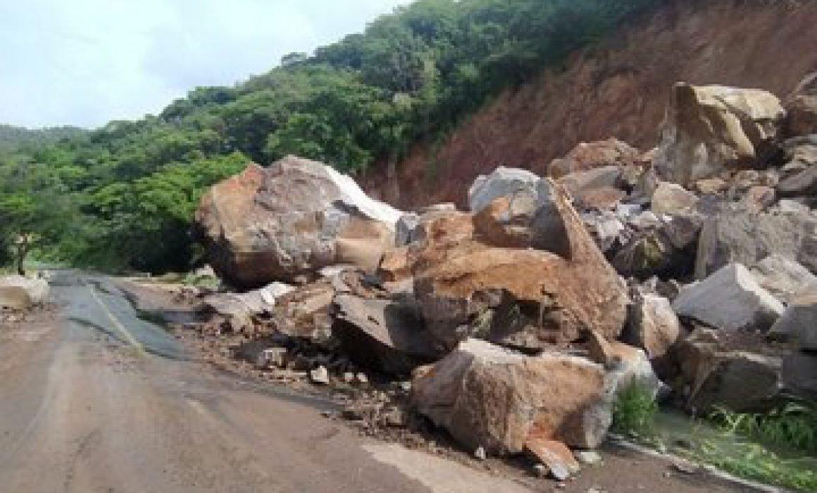 Torrential rains caused landslides in Puerto Vallarta