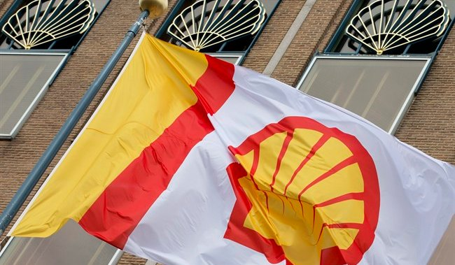 Shell to cut up to 40% from oil and gas production to prepare for energy transition