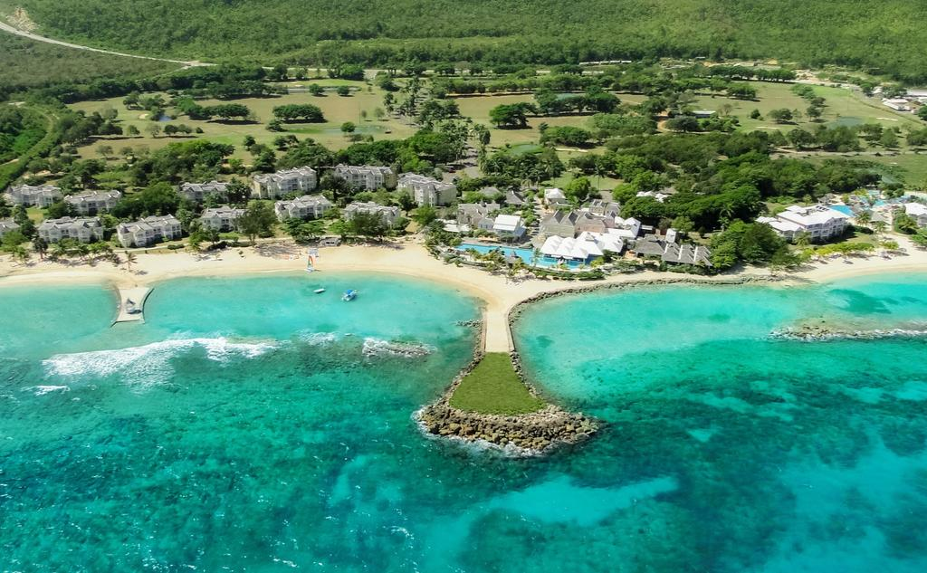 Caribbean Travel - Americans Urged To Avoid Travel To These Two Caribbean Destinations