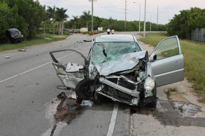 horrific-crash-in-grand-cayman