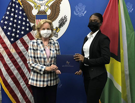 Ambassador-Lynch-congratulates-Emmanuela-Desir